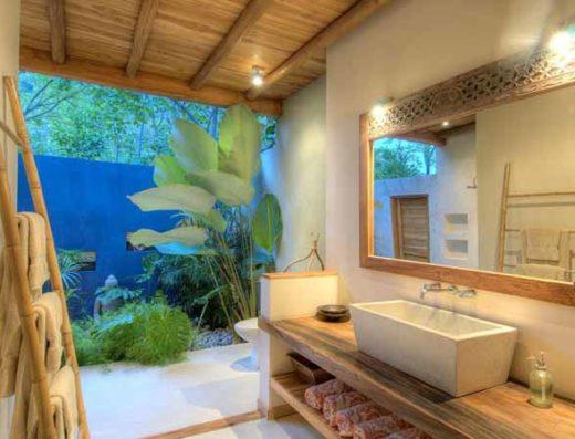 Master bathroom at vacation rental costa rica