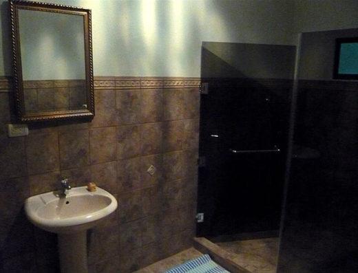 bathroom santa teresa rental
