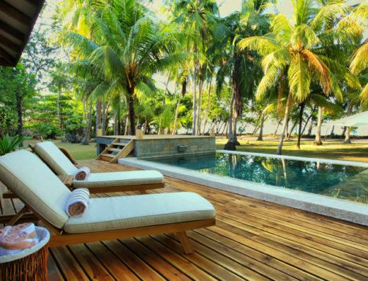 Casa Kalafken pool and playa hermosa beach